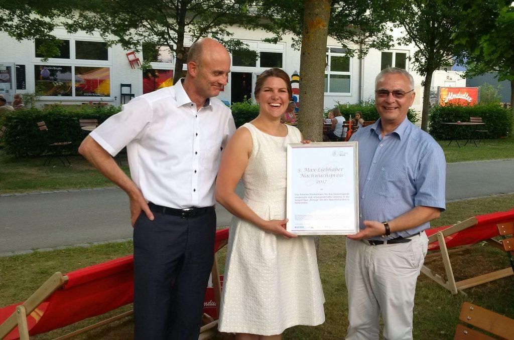 Übergabe_Max-Liebhaber-Preis2(c)OH